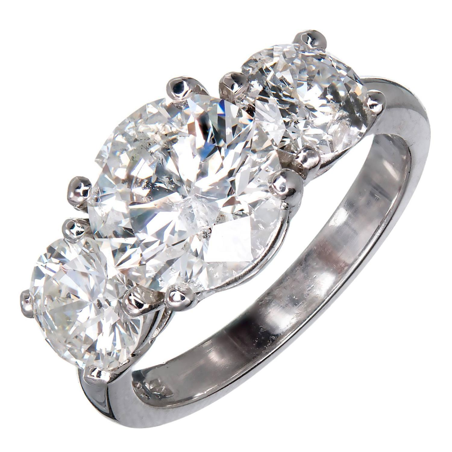 MG Three Stone Diamond Platinum Engagement Ring For Sale at 1stdibs