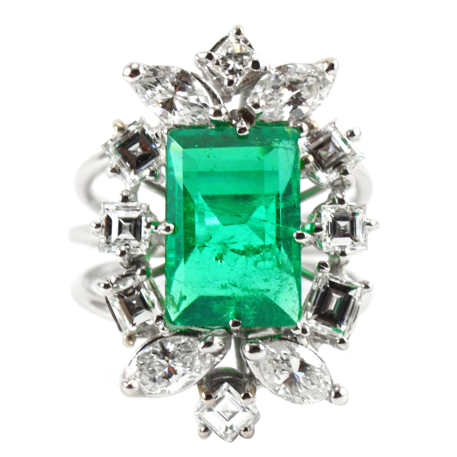 Colombian Emerald Diamond White Gold Floral Ring