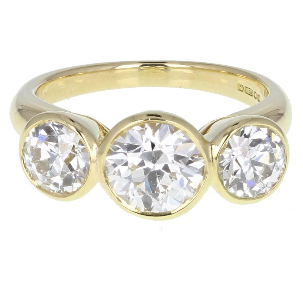 Bezel Set Diamond Three Stone 18ct Gold Ring For Sale at ...