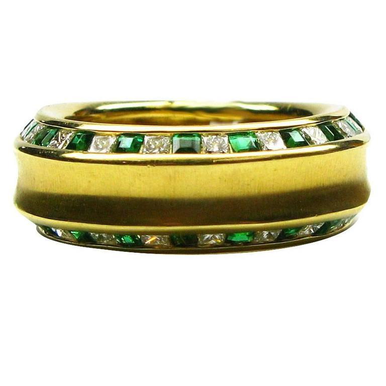 Kurt Wayne Emerald Diamond Gold Band Ring