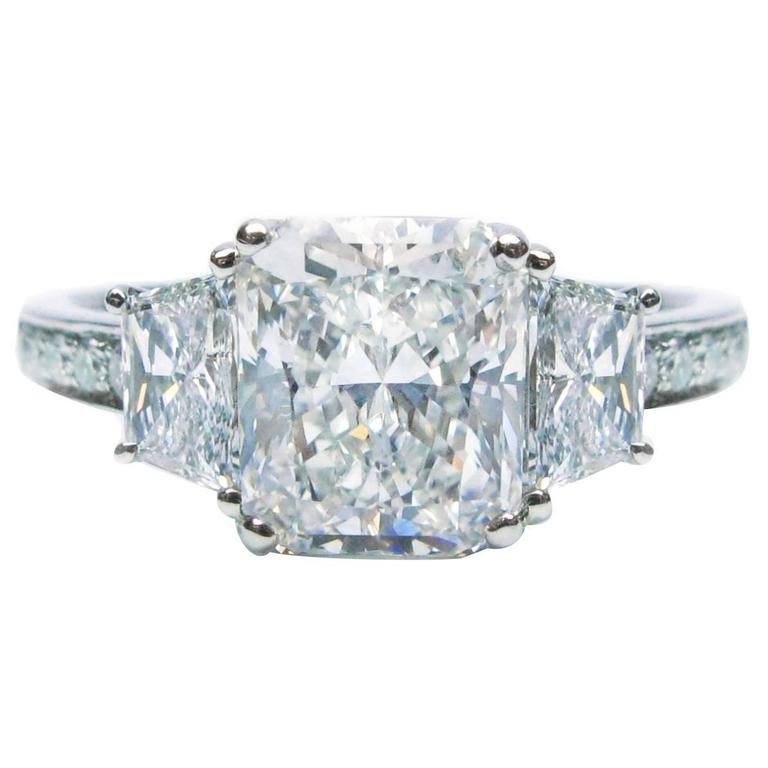 Internally Flawless 3 07 Carat Radiant Diamond Platinum