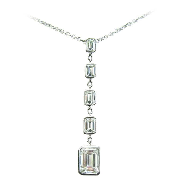 Graduated Emerald Diamond Pendant