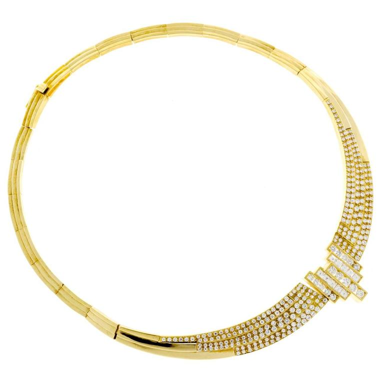 Round Square Diamond Gold Hinged Necklace