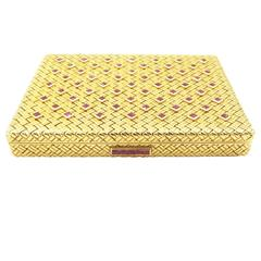 Van Cleef & Arpels Ruby Gold Compact