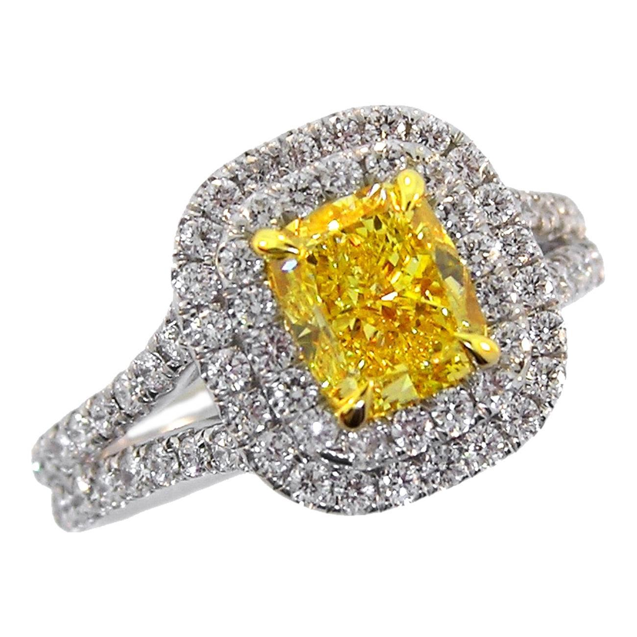 certified vvs canary cut fancy ring diamond light yellow rings cushion engagement