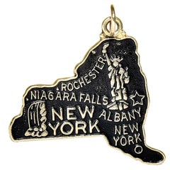 New York State Gold and Enamel Charm