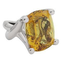 Colleen B. Rosenblat beryl gold ring
