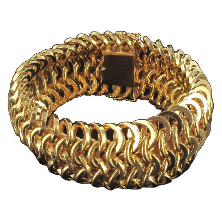 French Openwork Round Mesh Gold Bracelet