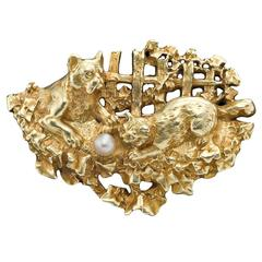 Pearl Gold Cat and Dog Brooch