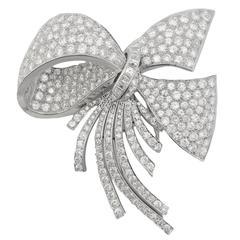 Magnificent Diamond Platinum Knot Brooch