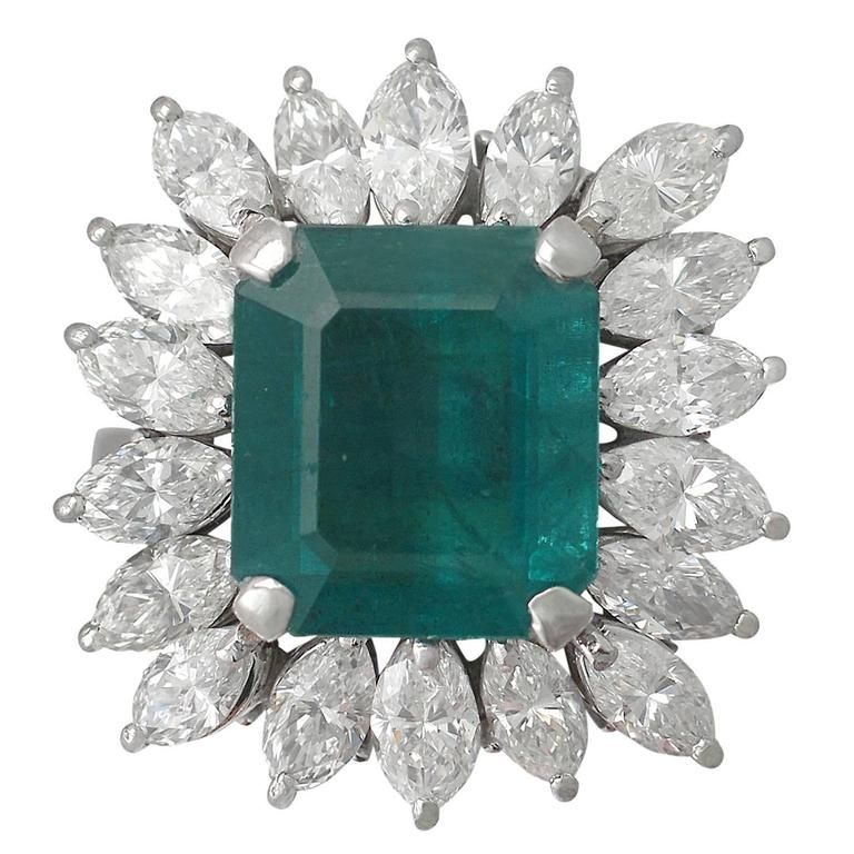 1990s 4.30 Carat Emerald Diamonds Gold Cluster Ring 1