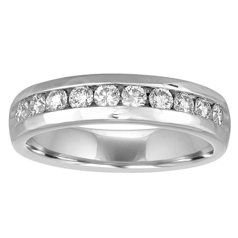 1.00 Carat Men's Diamond Platinum Wedding Band Ring For Sale