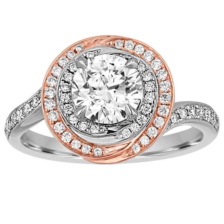 GIA Certified 1.05 Carat F VS2 Diamond Two Color Gold Engagement Ring For Sale