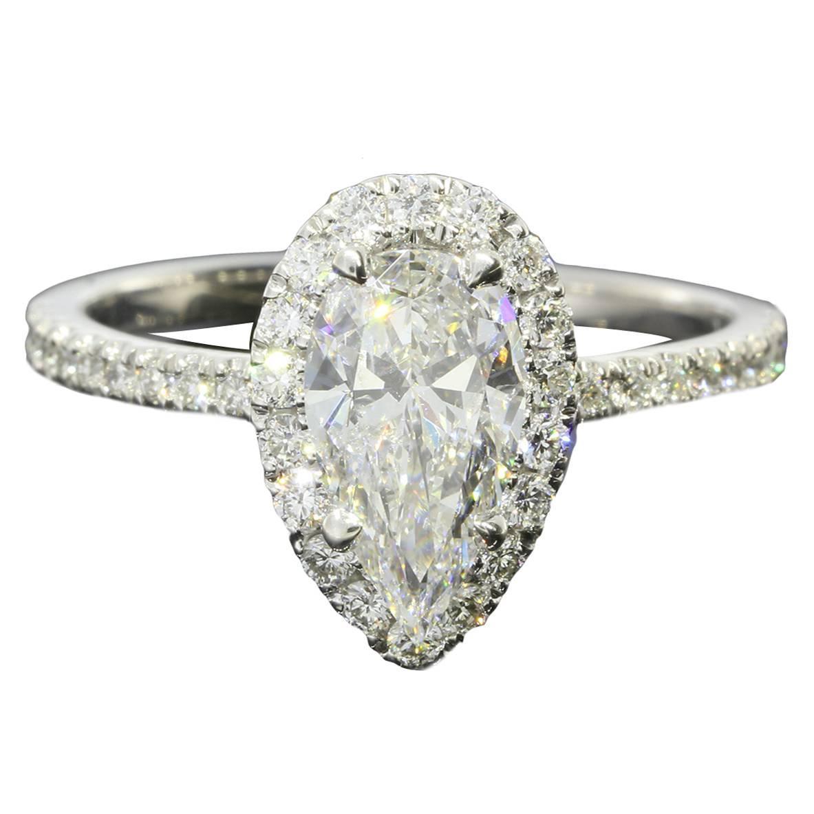 1 05 carat pear shaped gold halo ring at 1stdibs
