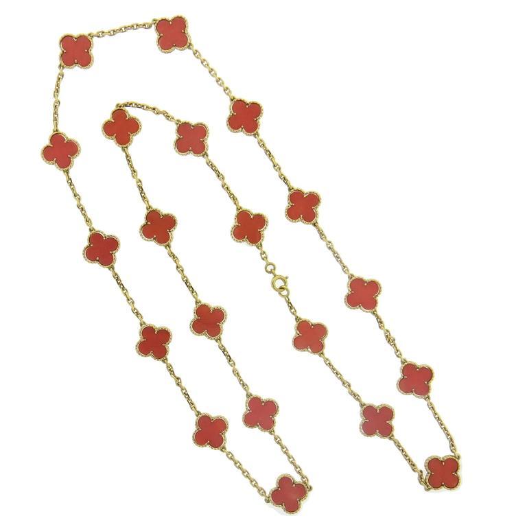 Van Cleef & Arpels Vintage Alhambra Coral Gold 20 Clover Motif Necklace