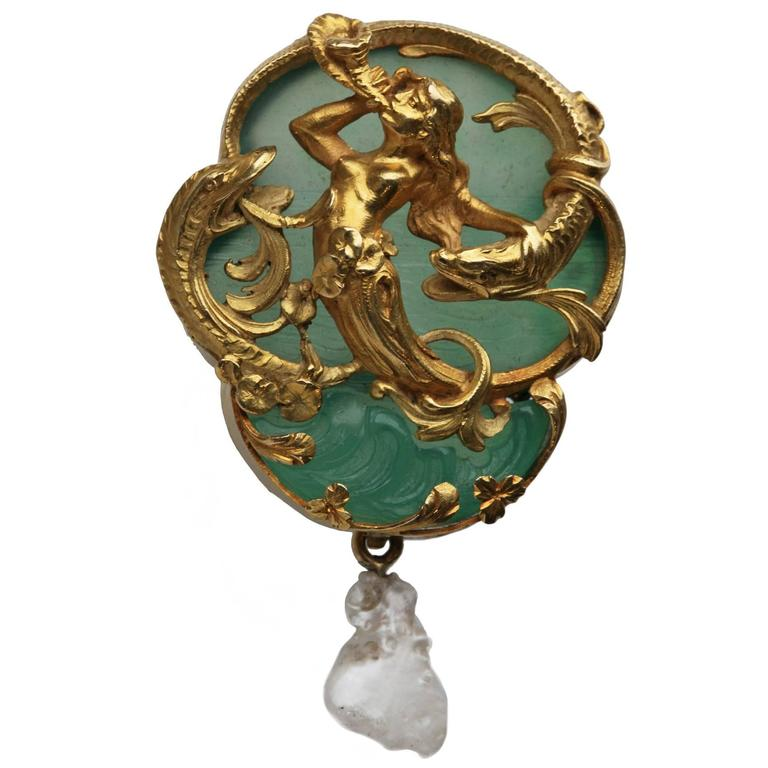 "Belle Epoque Carved Agate Pearl Gold ""Naiad and Sturgeons"" Jewel"