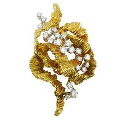 Gorgeous Diamond Gold Brooch