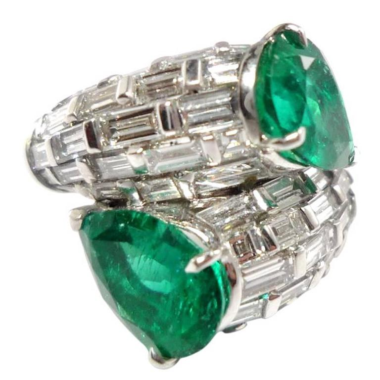 Colombian Emerald Diamond Gold Bypass Ring
