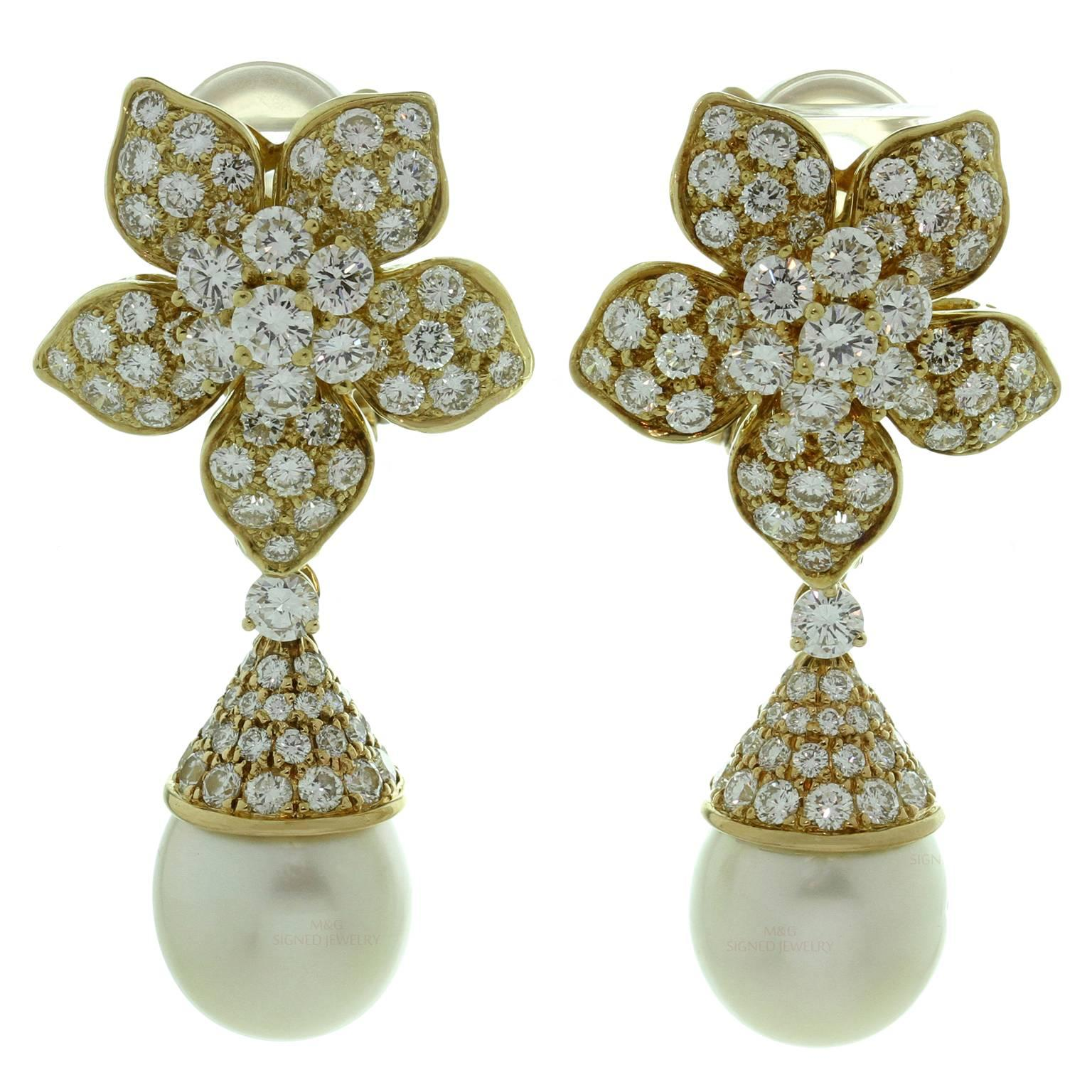 Van Cleef & Arpels Pearl Diamond Gold Clip-On Flower Earrings