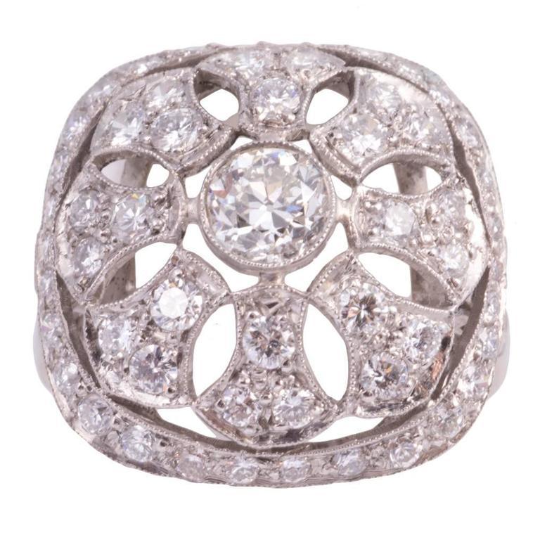 1940s Art Deco Diamond Platinum Filigree Ring For Sale