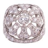 1940s Art Deco Diamond Platinum Filigree Ring