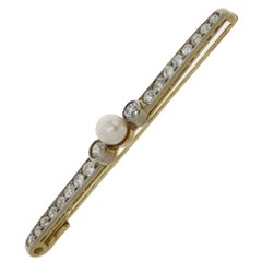 Diamond and Pearl 18 Carat Yellow Gold Brooch