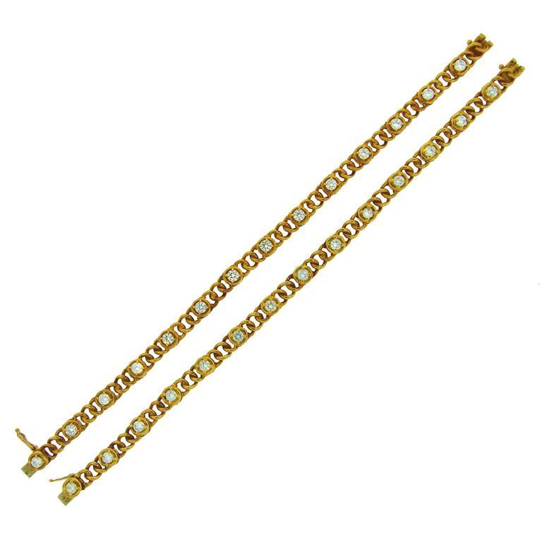 1980s Van Cleef & Arpels Pair of Diamond Gold Bracelets Necklace