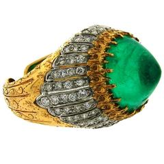 1970s Buccellati Sugarloaf Emerald Diamond Gold Ring
