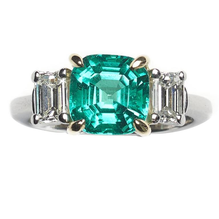 Colombian Emerald Diamond Gold Platinum Ring