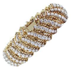 Round Brilliant Cut Diamond Two Color Gold Bracelet