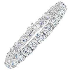 Tennis Bracelet 18 Carats Total Weight