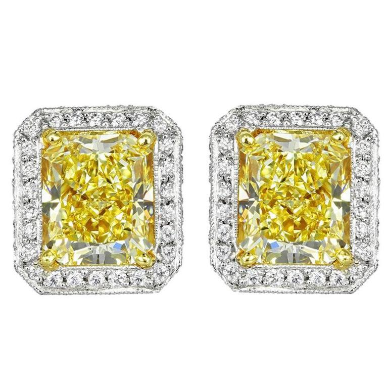 Chopard 3.45 Carat Natural Yellow Diamond Two Color Gold Stud Earrings For Sale