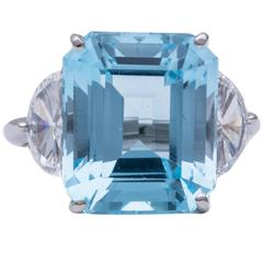 Tiffany & Co. Aquamarine Diamond Platinum Ring