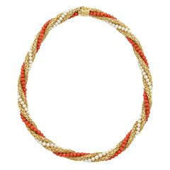 1960s Coral Pearl Gold Intertwined Twisted Chic Neckace
