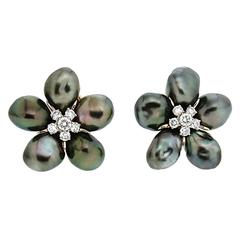 Tahitian Pearl Diamond Gold Cluster Clover Earrings