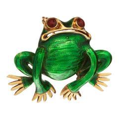 Green Enamel Gold Frog Brooch with Ruby Eyes