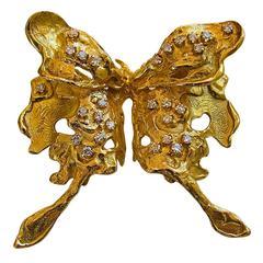 Bett Gury Diamond and Gold Butterfly Brooch, circa 1970