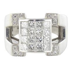 Modern 1.40 Carat Princess and Brillant Cut Diamond White Gold Signet Ring