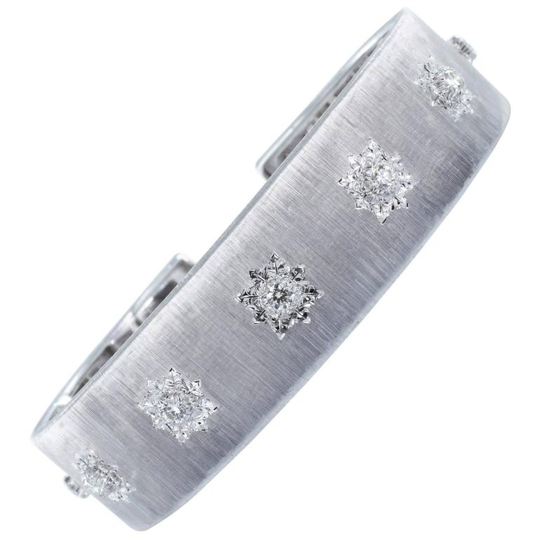 Buccellati Classica Diamond Gold Bangle Bracelet