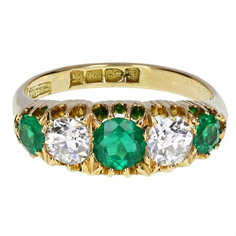 Exceptional Quality Victorian  Old Cut Emerald Diamond Gold Five Stone Ring