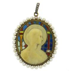 Continental Art Nouveau Plique A Jour Pearl Diamond Gold Madonna Pendant