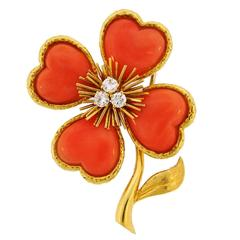 1960s Van Cleef & Arpels Coral Diamond Gold Clover Clip Pin Brooch