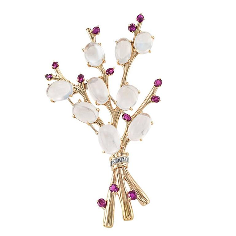 1940s Trabert and Hoeffer Mauboussin Retro Moonstone Ruby Brooch