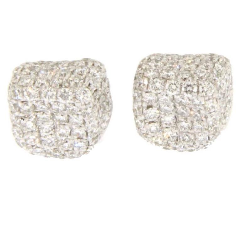Jona Diamond Pavé 18k Gold Stud Pebble Earrings For Sale
