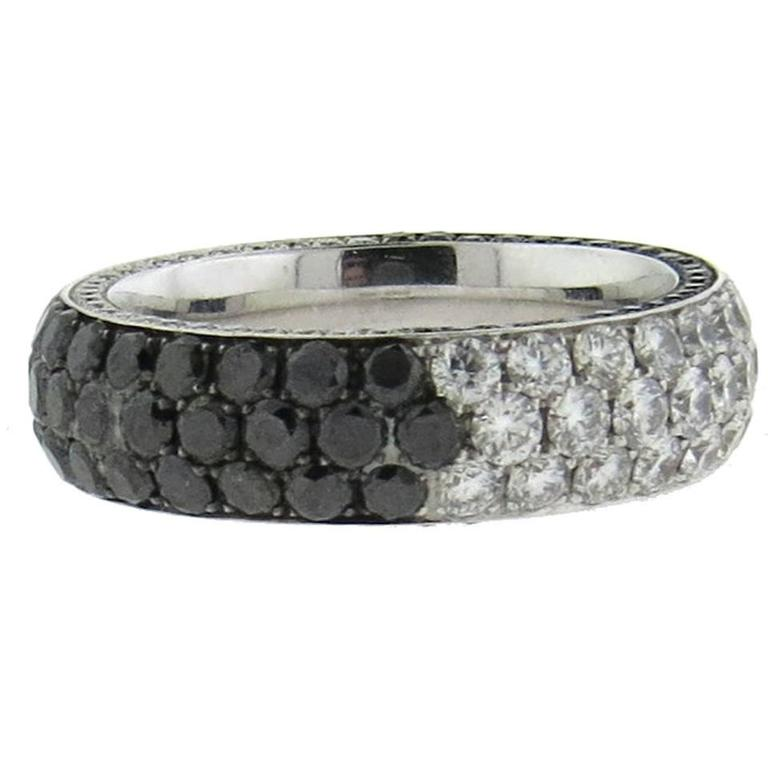 Marco Valente White and Black Diamond Gold Band Ring For Sale at 1stdibs