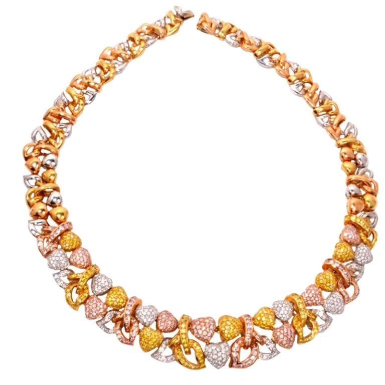 Natural Fancy Pink and Yellow GIA Diamond Gold Heart Necklace For Sale 1