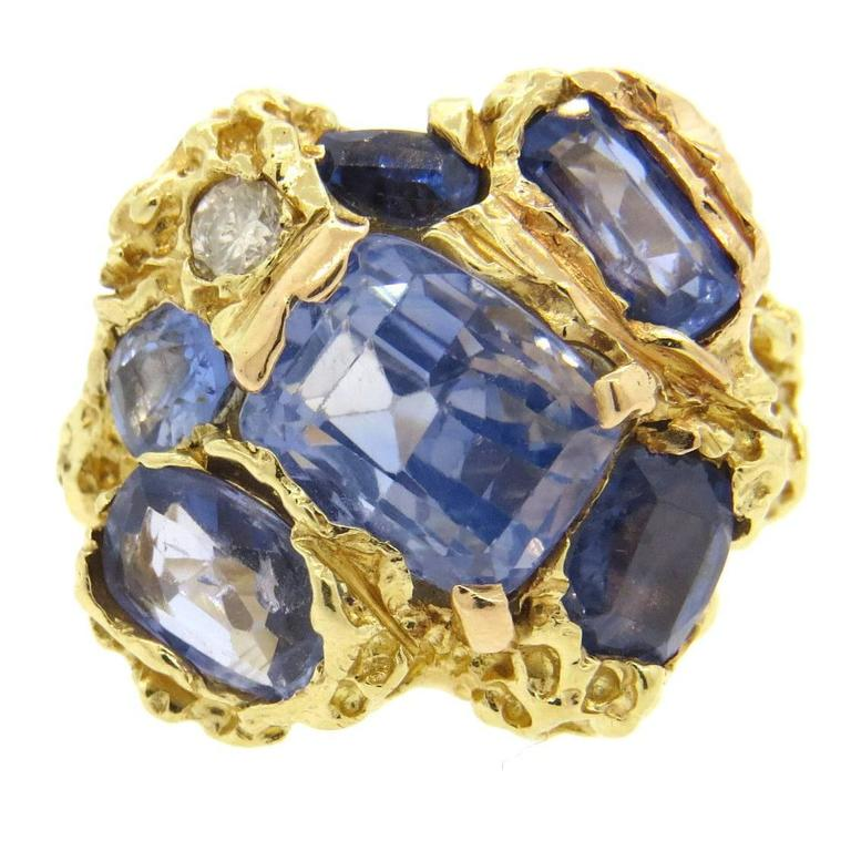 Naturalistic Natural No Heat Blue Sapphire Diamond Gold Ring For Sale