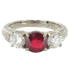Modern 1.07 Carat Ruby 1.17 Carat Diamond White Gold Ring