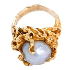 Stunning Baroque Pearl Gold Ring