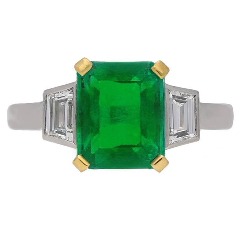 1930s Art Deco Natural Colombian Emerald Diamond Gold Platinum Ring